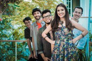 » O quinteto forrozeiro da banda Bicho de Pé sobe ao palco no sábado, dia 29